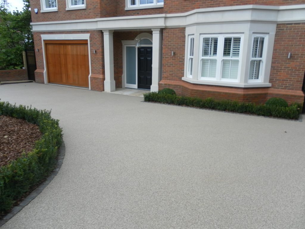 Clearmac® resin bound paving – Gaysha Surfaces