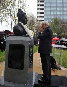 Prime Minister Modi unveils statue
